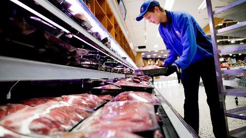 BEGRENS INNTAKET: En større finsk studie, viser klar sammenheng mellom tidligere død og for mye kjøtt.