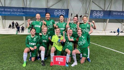 Innstranda J13 vant sin kretsfinale lørdag, med 5-1 mot Brønnøysund. Foto: Stian Høgland