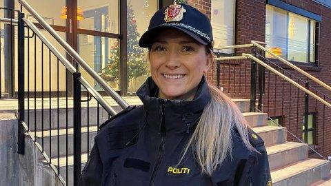 Under et år etter at Anne Eline Wiggen var ferdig med Politihøgskolen, har hun nå fast jobb som etterforsker ved Narvik politikammer.