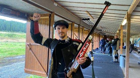 Simon Sørgårdf fra Sørfjord og omegn har vært Saltens beste skytter i 2020. Lørdag kunne han juble for seier i AN-finalen. Foto: Stian Høgland