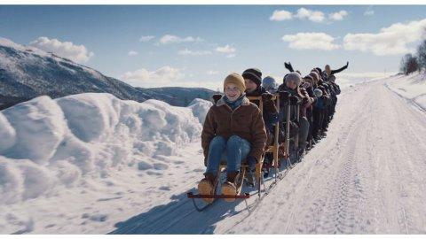"FRA FILMEN: Benoni Brox Krane spiller hovedrollen som ti år gamle Gabriel som så gjerne vil synge i sparkekoret. Nå er filmen ""Sparkekoret"" kortlistet til Oscar 2021."