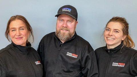 Daglig leder Trine Skogmo (t.v.) sammen med kollegene Marius Engan og Malin Andreassen, som gleder seg til å ta imot kundene sine.