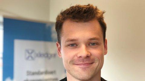 Fredrik Hammerfjeld ser fram til å jobbe med utviklingen av YR sammen med IT-miljøet i Bodø.  FOTO: NRK