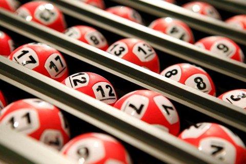 Hordaland fikk to nye Lotto-millionærer i går.