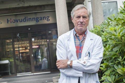 Professor Ole Erik Iversen ved Kvinneklinikken mener også voksne kvinner bør vurdere å ta HPV-vaksinen.