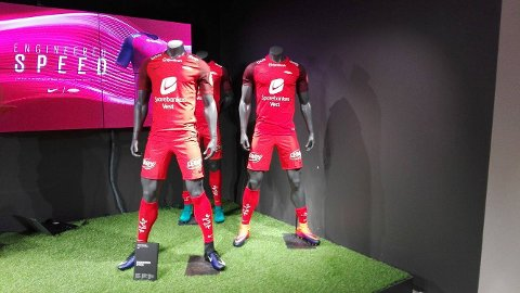 fca16c28 Brann har tegnet avtale med Nike i fem år. Slik ser de nye hjemmedraktene ut