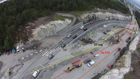 Fra fredag vil traseen på Flatøy bli endret, slik at bilene vil kjøre den permanente veien som er markert på kartet. Dermed forsvinner 30-sonen.