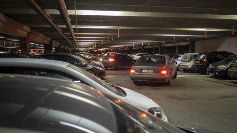 – Rygg inn på parkeringsplassen, er kommunikasjonsrådgiver i Gjensidige, Arne Voll, sitt beste råd.