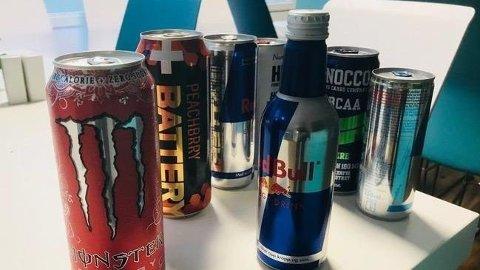 Energidrikk normaliseres som tørstedrikk, viser en ny undersøkelse. Det får Forbrukerrådet til å reagere. Foto: Forbrukerrådet