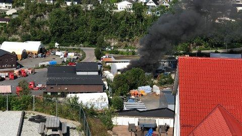 Brann på industriområdet.