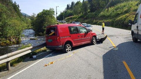 Kun én bil var involvert i trafikkulykken.
