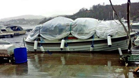 Båt klargjort for vinteren.