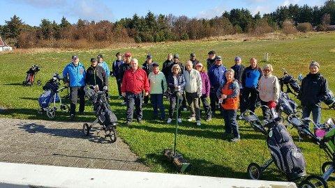 Medlemmer i Randaberg Golfklubb stilte godt opp på klubbturnering på Tungenes andre påskedag.