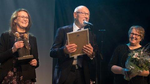 Pensjonistprisen: Kristine Enger (t.v.) delte ut pensjonistprisen til Åstein Vistnes sammen med Gunhild Vårvik Tangeland.