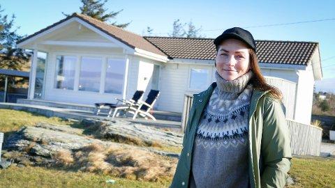 Hyttedrømmen: Hege Granli og familien kjøpte hytte på Randaberg i 2017. Siden har de stortrivdes ved havgapet.