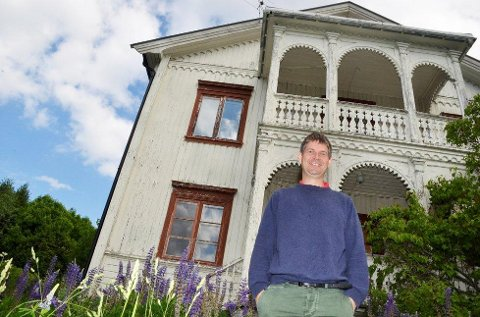 Praktgård: Den tidligere praktgården Haug i Åmot er ennå ikke solgt. Salget havarerte på grunn av finansieringen, sier Audun Mjøs i Modum kommune