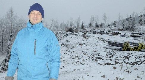 20 eneboligtomter: – Jeg håper de første kan flytte inn her på det nye feltet i Mælumenga før jul neste år, sier Audum Mjøs i Modum kommune.