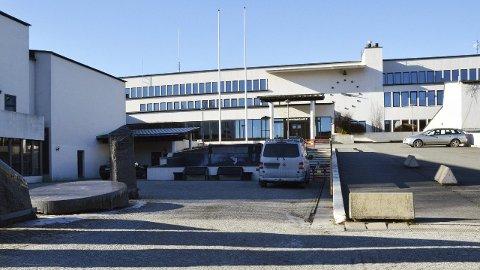 FORSVUNNET: En rekke konsesjonsdokumenter som skulle ligge i arkivet i Rådhuset i Øvre Eiker, er sporløst forsvunnet. Håper er at de er sendt til kommunens nye fjernarkiv på Notodden, uten at det er blitt registrert.