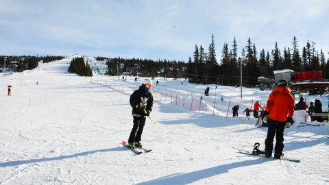 SNØPRODUKSJON: Haglebu Skisenter ønsker å investere 3,22 millioner kroner i nytt snøproduksjonsanlegg for å kunne forlenge sesongen i skisenteret.