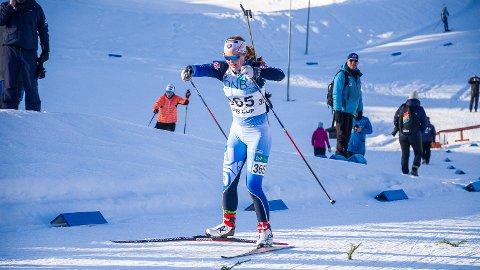 NESTEN: Hedda Thoresen Bolstad gir alt på vei mot mål, men måtte nøye seg med den sure fjerdeplassen.