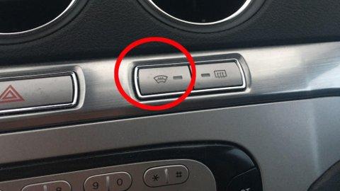 Oppvarmet frontrute finnes på noen biler, men langt fra alle. Det er ganske rart, synes Brooms bilekspert.