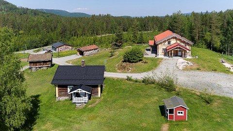 IDYLLISK: Dette småbruket på Greenskogen, kan bli ditt for 5,5 millioner.