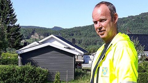FORBUD: - Tjuvvanning gjør at vanntrykket blir så dårlig at enkelte ikke får dusjet eller vasket klær, sier vannsjef Erik Nøkleby i Krødseherad kommune