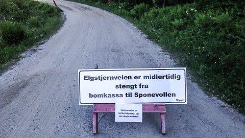 STENGT: Elgtjernveien er en av skogsbilveiene som er stengt på grunn av frykt for skogbrann.