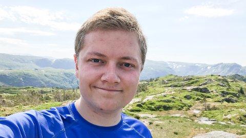 YNGST: 22-åringen Jonas Nikolaisen, som for tiden studerer jus i Bergen, er yngstemann på lista til Sigdal og Eggedal Høyre.