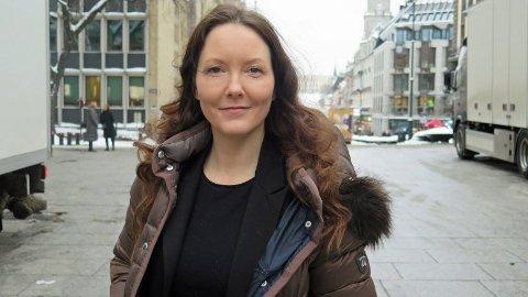 PSYKOLOG: Lina Hantveit har vært med å starte Søvnskolen i Oslo, hvor 80 prosent av deltakerne får bedret søvnkvalitet etter kurset er over.