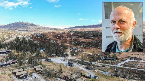 MÅ SAMSVARE: - Formannskapet foreslår byggegrense oppad i fjellet til 1.000 meter, men kommunestyret har enstemmig vedtatt at den skal ligge på tregrensen, sier Svein Jakob Hollerud (Sp).