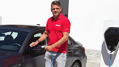 Broom-Vegard er akkurat nå i München og tester nye BMW 3-serie som ladbar hybrid og stasjonsvogn.