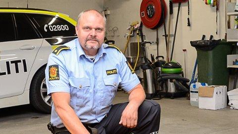 HITTEGODS: - Om du savner kajakken eller sykkelen din vil vi gjerne høre fra deg, sier Snorre Halvorsen ved Modum lensmannskontor.