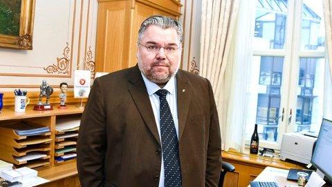 NY KOMITÉ OG NYTT VERV: Morten Wold (52) fra Vikersund ble i dag nytt medlem av Stortingets utenriks-og forsvarskomité. Han er også partiets nye forsvarspolitiske talsperson.