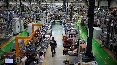 INDUSTRIGIGANT: Schneider Electric fra Frankrike kjøpte Elko i 1999. Gigantkonsernet er verdensledende innen energihåndtering og automatisering, og har rundt 150.000 ansatte. Her fra Le Vaudreuil i Frankrike.
