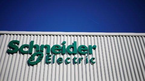 STORE: Franske Schneider Electric omsatte i 2018 for over 250 milliarder kroner. Nå må konsernet vurdere om Elkos fabrikk på Åmot blir en del av planene videre.