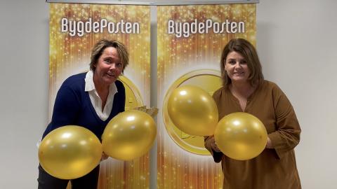 KLARE: Medierådgiver Merete Risan og salgsleder Nina Sandsbråten i Bygdeposten er klare for årets Gulldager.