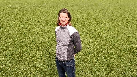SAMLINGSPUNKT: Hans Anton Bjørndalen håper idrettsrådet i framtiden skal være et samlingspunkt, som blant annet kan bidra til at idrettsklubbene i Modum lærer av hverandre.