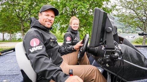 DÅRLIG UTTELLING: Nils Einar og Anette Hervig fikk alt annet enn fullklaff under fiskekonkurransen på Tyrifjorden i helgen.