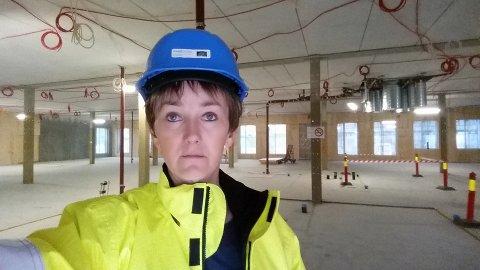 MØTES I RETTEN: Jannicke Bergh i Avanti Prosjekt AS mener firmaet hennes er blitt påført et betydelig tap av omdømme som følge av nye Eigerøy skole-saken. Hovedforhandlingen i Dalane tingrett er berammet i september.