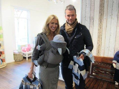 Familien Gjerstad Hørven samlet på ett brett: Marianne, Espen og lille Helmer.