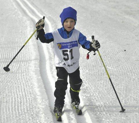 Gøy: – Ski er gøy, fastslår Petter Sveaas Teigen (6) fra Eiker Ski. Han gikk to kilometer i gutter åtte år.