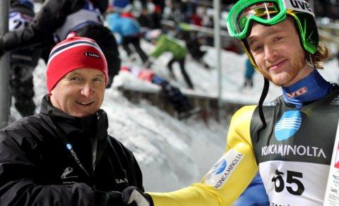 Første siden wirkola: Johan Remen Evensen (t.h.) ble den første nordmannen som satte verdensrekord på norsk jord siden Bjørn Wirkola (t.v.) i Vikersund i 1966.