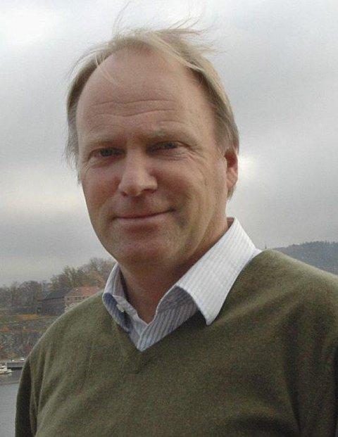 Direktør: Sten-Arthur Sælør, Gjelsten Holding.