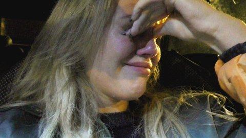 TÅRER: Anniken Jørgensen filmet seg selv da hun satt alene i bilen sin og gråt i fjor, i forbindelse med deltagelsen i TV- serien Bloggerne.