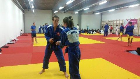 UHELDIG: Kornelius Oliver Eilertsen under trening i Ungarn i forkant av judo-konkurransen i europeisk ungdoms-OL.