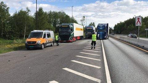 KONTROLL: Statens vegvesen tar fortsatt mange store kjøretøy som ikke har lov til å kjøre gjennom Oslofjordtunnelen.