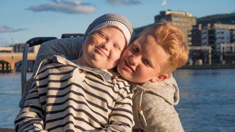 GJORT INNTRYKK: Martin Johannes Steen (12) og hans bror Markus (15) har beveget mange gjennom TV 2-dokumentaren «Søsken».