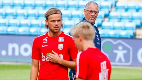 FORNØYD SJEF: Trener Lars Lagerbäck mener Fossum er en ganske komplett spiller.