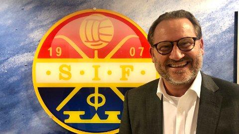 NY STYRELEDER: Finn Egil Holm tar over som ny styreleder i Strømsgodset Fotball AS.